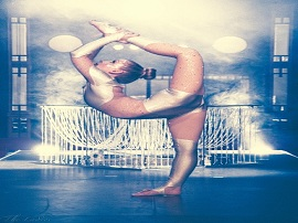 Chandelier contortion Bend