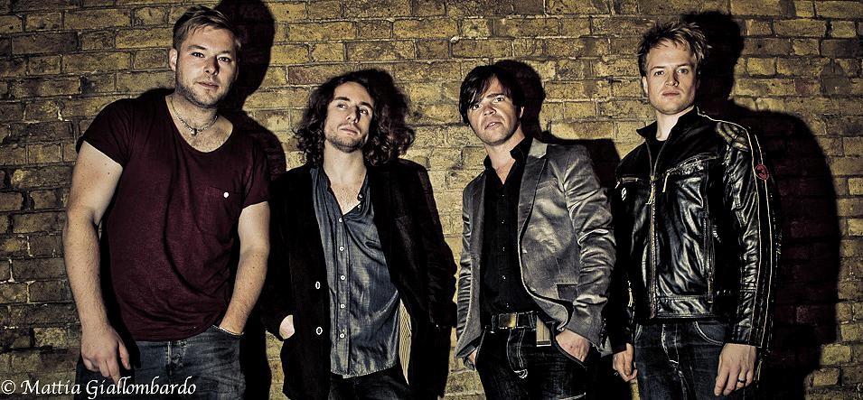 Iphonics Band